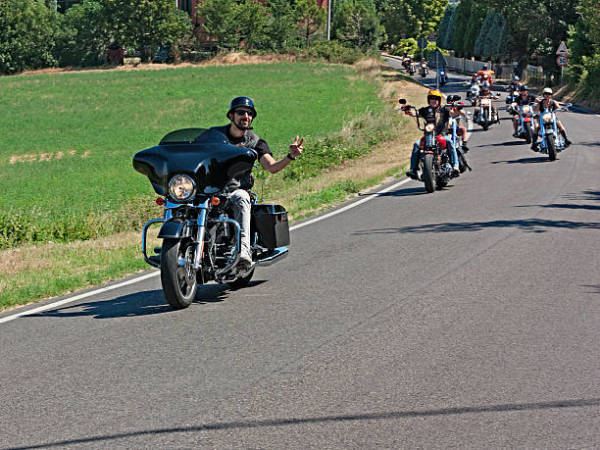 Why Engaging in Motorcycle Tours is a Very Good Idea
